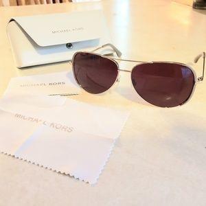 Michael Kors Sicily M2045S sunglasses